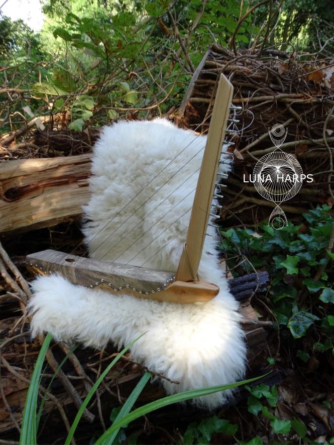 luna harp 2